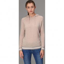 Sweter w kolorze beżowym. Szare swetry klasyczne damskie marki Reserved, m, z kapturem. W wyprzedaży za 391,95 zł.