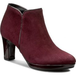 Botki GABOR - 56.670.48 New Merlot. Czerwone buty zimowe damskie Gabor, z lakierowanej skóry, na obcasie. W wyprzedaży za 319,00 zł.