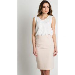 Spódniczki: Beżowa ołówkowa spódnica BIALCON