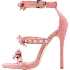 Rzymianki damskie: BEBO BOWE Sandały na obcasie dusky pink