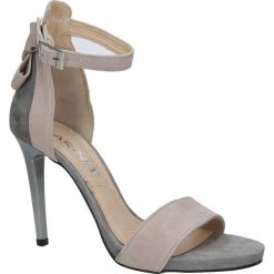 Szare sandały szpilki skórzane z kokardą Karino 2496/083-P. Fioletowe sandały damskie marki Karino, ze skóry. Za 278,99 zł.