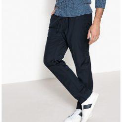 Spodnie dresowe męskie: Spodnie typu jogpant z gumką w pasie