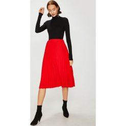 Answear - Spódnica. Szare spódniczki dzianinowe ANSWEAR, s, z podwyższonym stanem, midi, plisowane. W wyprzedaży za 79,90 zł.