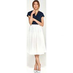 Spódnica Midi Rozkloszowana z Kontrafałdami - Ecru. Czerwone spódniczki rozkloszowane marki Molly.pl, l, z jeansu, biznesowe, z dekoltem na plecach, z długim rękawem. Za 108,90 zł.