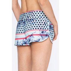 Roxy - Szorty Endless Summer. Białe szorty damskie marki Roxy, l, z nadrukiem, z materiału. W wyprzedaży za 139,90 zł.