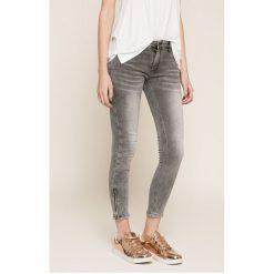 Answear - Jeansy. Szare jeansy damskie ANSWEAR. W wyprzedaży za 129,90 zł.