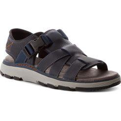 Sandały CLARKS - Un Trek Cove 261318617 Dark Navy. Czarne sandały męskie skórzane marki Clarks. W wyprzedaży za 229,00 zł.