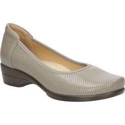 Beżowe półbuty skórzane ażurowe na koturnie Góral 1228. Brązowe buty ślubne damskie Góral, w ażurowe wzory, na koturnie. Za 189,99 zł.