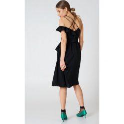 Sukienki hiszpanki: Aéryne Paris Sukienka Mila – Black