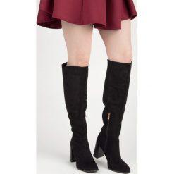 Buty zimowe damskie: Zamszowe kozaki na słupku GWENDOLYN