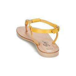 Sandały Betty London  IDALIME. Żółte sandały damskie marki Betty London. Za 118,30 zł.