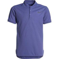 Nike Performance BOYS Koszulka sportowa blue recall. Niebieskie t-shirty dziewczęce Nike Performance, z materiału, polo. Za 159,00 zł.