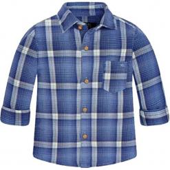 Koszula w kolorze niebieskim. Niebieskie koszule chłopięce marki Mayoral, z klasycznym kołnierzykiem. W wyprzedaży za 47,95 zł.