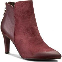 Botki CARINII - B3748 B73-H99-PSK-B95. Czerwone buty zimowe damskie marki Carinii, z nubiku, na obcasie. W wyprzedaży za 229,00 zł.