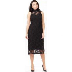 Sukienka z Czarnej Koronki ze Stójką. Szare sukienki balowe marki Reserved, midi. Za 149,90 zł.