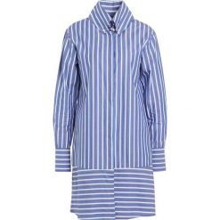 Sukienki hiszpanki: Bruuns Bazaar YANNI  Sukienka koszulowa white/ blue/red