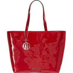Armani Exchange Torebka red. Czerwone torebki klasyczne damskie Armani Exchange. Za 589,00 zł.