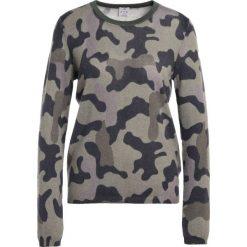 Swetry klasyczne damskie: FTC Cashmere CAMOUFLAGE Sweter dark moss