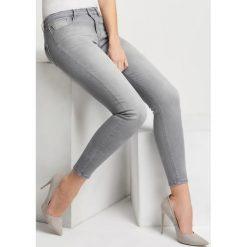 Jeansy premium power stretch. Brązowe jeansy damskie marki Orsay, s, z dzianiny. Za 149,99 zł.