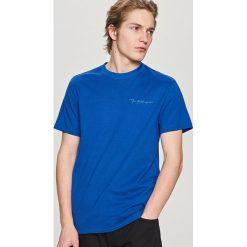 T-shirty męskie: T-shirt ze skorpionem – Niebieski