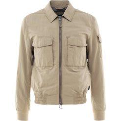 BOSS CASUAL ONYX Kurtka wiosenna beige. Brązowe kurtki męskie BOSS Casual, m, z materiału, casualowe. W wyprzedaży za 440,70 zł.