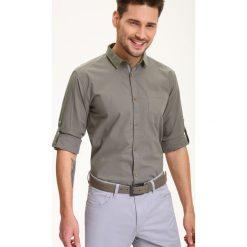 KOSZULA DŁUGI RĘKAW MĘSKA REGULAR FIT. Szare koszule męskie Top Secret, na lato, m, z bawełny, z długim rękawem. Za 39,99 zł.