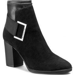 Botki CALVIN KLEIN BLACK LABEL - Ettore E2986 Black. Czarne botki damskie na obcasie marki Calvin Klein Black Label, z materiału. W wyprzedaży za 489,00 zł.