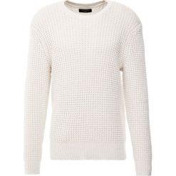 Swetry męskie: AllSaints KEE CREW Sweter ecru white