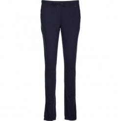 Spodnie piżamowe w kolorze granatowym. Białe piżamy damskie marki LASCANA, w koronkowe wzory, z koronki. W wyprzedaży za 58,95 zł.