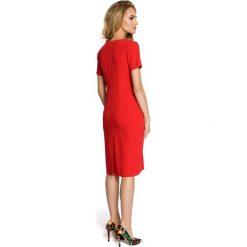 EVA Drapowana sukienka z dekoltem - czerwona. Czerwone sukienki mini Moe, z krótkim rękawem. Za 149,00 zł.