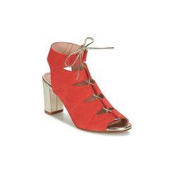 Sandały Betty London  INALU. Czerwone sandały trekkingowe damskie marki Betty London. Za 279,20 zł.