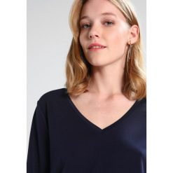 Bluzki asymetryczne: Cortefiel WITH BOW DETAIL IN HEM Bluzka z długim rękawem marine blue