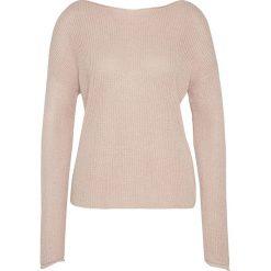 Swetry klasyczne damskie: Sweter w kolorze jasnoróżowym