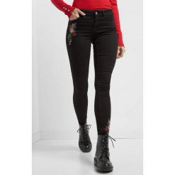 Spodnie skinny z haftem. Czarne rurki damskie Orsay, z haftami, z bawełny. Za 89,99 zł.