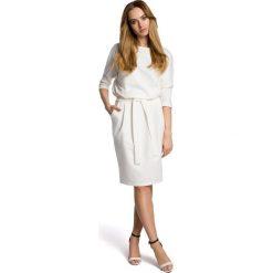 Sukienki: Sukienka odcinana w pasie z paskiem - ecru