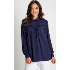 Granatowa koszula z długim rękawem  BIALCON. Szare koszule wiązane damskie BIALCON, wizytowe, z długim rękawem. W wyprzedaży za 105,00 zł.