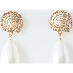 Kolczyki damskie: Kolczyki z muszlą i perłą