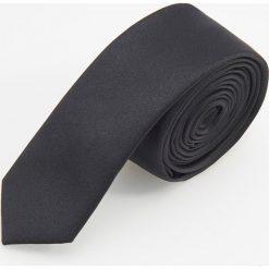 Krawat - Czarny. Czarne krawaty męskie Reserved. Za 49,99 zł.