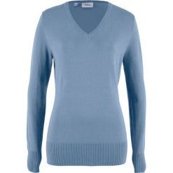 Sweter z dekoltem w serek bonprix matowy niebieski. Niebieskie swetry klasyczne damskie bonprix, z dzianiny, z dekoltem w serek. Za 59,99 zł.
