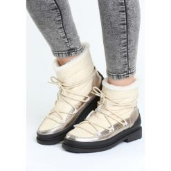 Beżowe Śniegowce Good Reason. Czarne buty zimowe damskie marki Cropp. Za 114,99 zł.