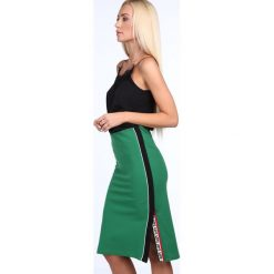 Spódniczka midi z lampasem zielona 22471. Zielone spódniczki marki Fasardi, s, midi. Za 49,00 zł.