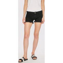 Only - Szorty. Szare szorty jeansowe damskie marki ONLY, s, casualowe, z okrągłym kołnierzem. W wyprzedaży za 79,90 zł.