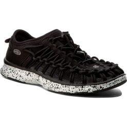Sandały KEEN - Uneek 02 1016663 Black/White. Czarne sandały chłopięce Keen, z materiału. W wyprzedaży za 199,00 zł.