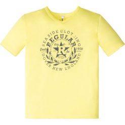 """Odzież chłopięca: T-shirt """"used"""" bonprix żółty z nadrukiem"""