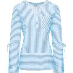Bluzka bonprix biało-jasnoniebieski w paski. Białe bluzki longsleeves marki bonprix, w paski, z dekoltem w serek. Za 54,99 zł.