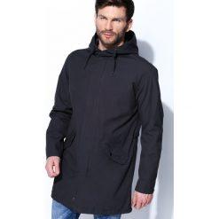 Ciemnoszara Kurtka Cities Lights. Czarne kurtki męskie marki Born2be, l, z aplikacjami, z dresówki. Za 149,99 zł.