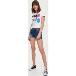 Szorty damskie: Jeansowe szorty mid waist – Granatowy