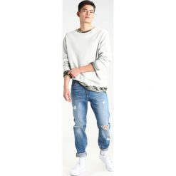 Jeansy męskie regular: Brooklyn's Own by Rocawear Jeansy Relaxed Fit light blue denim