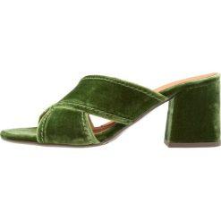 Chodaki damskie: Billi Bi Klapki light green