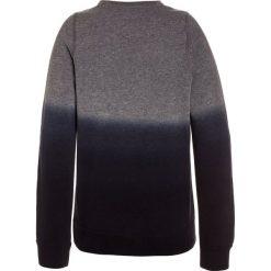 Abercrombie & Fitch WHERES MY CREW  Bluza grey to navy dip dye. Niebieskie bluzy chłopięce marki Abercrombie & Fitch. Za 179,00 zł.
